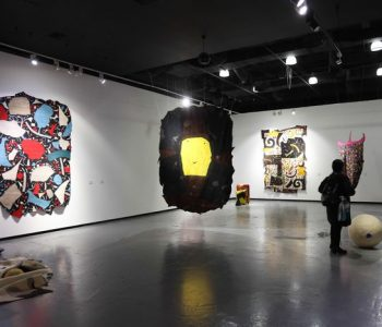 """Выставка """"Кочующие Фрески"""" Алибая Бапанова проходит в г. Алматы"""